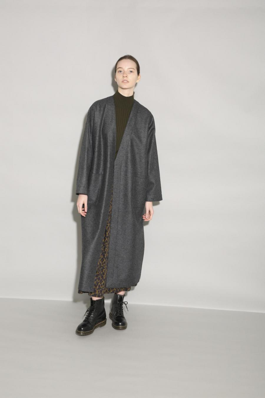 RING MILLED WOOL COAT